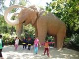 слон,_статуя,_ску