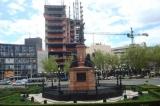 памятник,_статуя