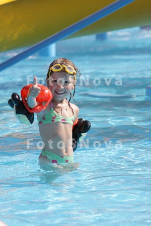 дети модели в купальниках