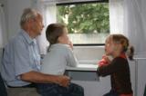 дети,_дедушка,_тр