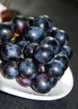 виноград,_черный