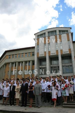 Студенты,_академ