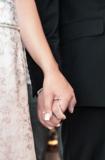 руки,_свадьба,_лю